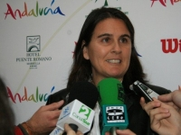 Conchita is being interviewed by the media during the presentation of the Andalucía Tennis Experience where she was the tournaments director.