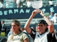 Conchita lifts the trophy at the tournament in Berlin 2000